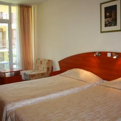 Отель MPM Hotel Royal Central - Halfboard Болгария, Солнечный берег - отзывы, цены и фото номеров - забронировать отель MPM Hotel Royal Central - Halfboard онлайн комната для гостей фото 5