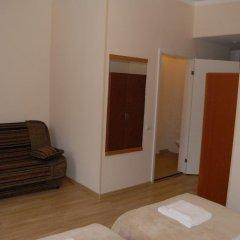 Отель Knights Court Guest House 3* Номер с различными типами кроватей (общая ванная комната)