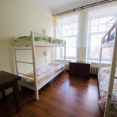 Hostel on Bolshaya Zelenina 2 Кровати в общем номере с двухъярусными кроватями фото 3