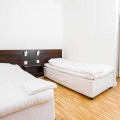 Birka Hostel Стандартный номер с 2 отдельными кроватями фото 10