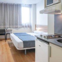 Отель Vertice Roomspace Madrid 3* Стандартный номер с двуспальной кроватью фото 2