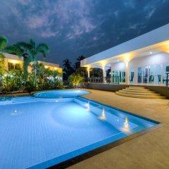 Отель The Serenity Resort бассейн