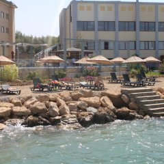Van Sahmaran Hotel Турция, Эдремит - отзывы, цены и фото номеров - забронировать отель Van Sahmaran Hotel онлайн пляж