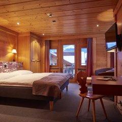 Отель Landhaus Швейцария, Занен - отзывы, цены и фото номеров - забронировать отель Landhaus онлайн сейф в номере