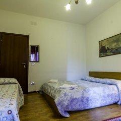 Отель B&B The Caponi Bros 3* Стандартный номер с двуспальной кроватью (общая ванная комната) фото 12