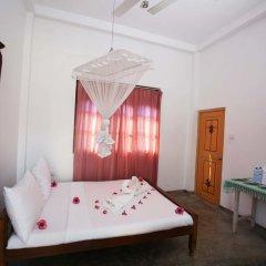 Отель Lahiru Villa 2* Стандартный номер с различными типами кроватей фото 17