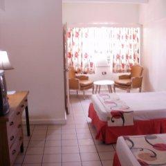 Pineapple Court Hotel 2* Стандартный номер с 2 отдельными кроватями фото 11