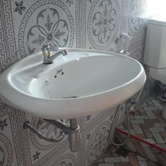 Отель Gems Guesthouse Таиланд, Краби - отзывы, цены и фото номеров - забронировать отель Gems Guesthouse онлайн ванная