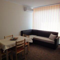 Апартаменты St. George Apartments комната для гостей фото 3
