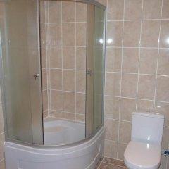 Гостиница Астория 3* Кровать в мужском общем номере с двухъярусной кроватью фото 27