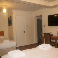 Отель Barry House 3* Стандартный семейный номер с различными типами кроватей фото 2