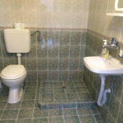 Отель Georgievi Rooms Болгария, Равда - отзывы, цены и фото номеров - забронировать отель Georgievi Rooms онлайн ванная фото 2