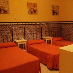 Отель Pension Catedral 2* Стандартный номер с двухъярусной кроватью (общая ванная комната) фото 3