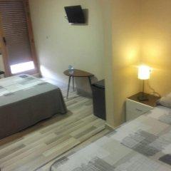 Отель Pension Restaurante AVENIDA 3* Стандартный номер с различными типами кроватей фото 4