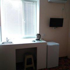 Отель Azov Guest House Бердянск удобства в номере фото 2