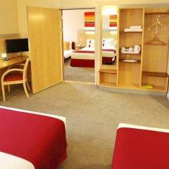 Отель Holiday Inn Express Birmingham Redditch детские мероприятия фото 2