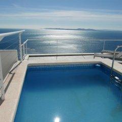 Отель Terrazas del Mar Испания, Курорт Росес - отзывы, цены и фото номеров - забронировать отель Terrazas del Mar онлайн бассейн