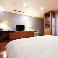 Отель Ramada Hotel and Suites Seoul Namdaemun Южная Корея, Сеул - 1 отзыв об отеле, цены и фото номеров - забронировать отель Ramada Hotel and Suites Seoul Namdaemun онлайн удобства в номере