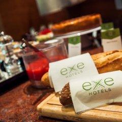 Отель Exe Mitre Барселона гостиничный бар