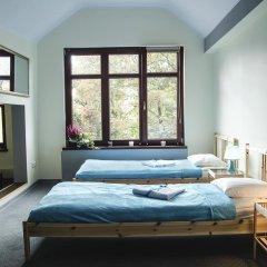 Отель Lódzki Palacyk 3* Кровать в общем номере с двухъярусной кроватью фото 3