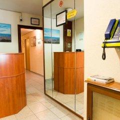 Отель Hostal Alogar Испания, Барселона - 2 отзыва об отеле, цены и фото номеров - забронировать отель Hostal Alogar онлайн интерьер отеля фото 2