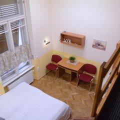 Апартаменты Guest Rest Studio Apartments комната для гостей фото 2
