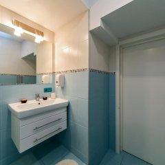 Гостиница HQ Hostelberry Стандартный номер 2 отдельными кровати (общая ванная комната) фото 3