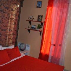 Мини-отель Русо Туристо Стандартный номер с двуспальной кроватью (общая ванная комната)