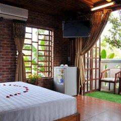 Отель Seaside An Bang Homestay 2* Улучшенный номер с различными типами кроватей
