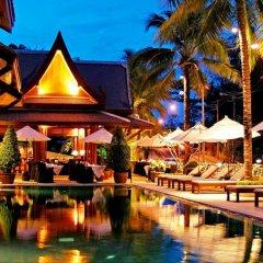 Отель Baan Yin Dee Boutique Resort бассейн