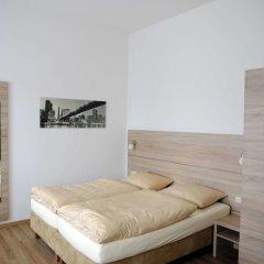 Отель Das Falk Apartmenthaus Германия, Нюрнберг - отзывы, цены и фото номеров - забронировать отель Das Falk Apartmenthaus онлайн комната для гостей фото 2