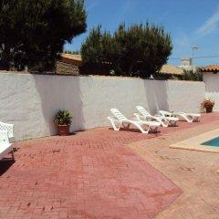 Отель Complejo Rural Entre Pinos Испания, Вехер-де-ла-Фронтера - отзывы, цены и фото номеров - забронировать отель Complejo Rural Entre Pinos онлайн бассейн