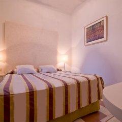 Отель Hostal Casa Alborada Испания, Кониль-де-ла-Фронтера - отзывы, цены и фото номеров - забронировать отель Hostal Casa Alborada онлайн комната для гостей