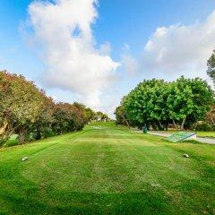 Отель Claudia Villamartín Golf спортивное сооружение