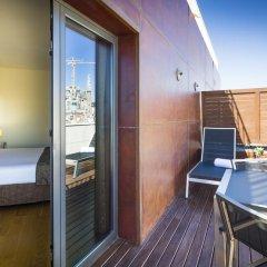 Отель Eurostars Monumental 4* Улучшенный номер с двуспальной кроватью фото 7