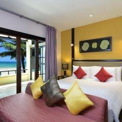 Отель Andaman White Beach Resort 4* Номер Делюкс с двуспальной кроватью
