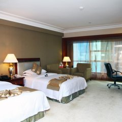 The Pavilion Hotel Shenzhen 4* Улучшенный номер с различными типами кроватей фото 8