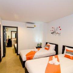 Colora Hotel 3* Стандартный семейный номер с двуспальной кроватью