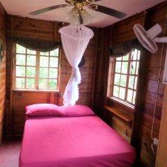 Отель La Familia Resort and Restaurant комната для гостей фото 4