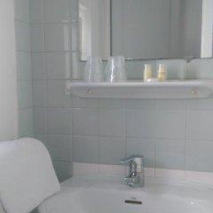 Отель Cactus 2* Номер с общей ванной комнатой с различными типами кроватей (общая ванная комната) фото 4