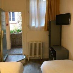 Inter-Hotel Au Patio Morand 3* Стандартный номер с 2 отдельными кроватями
