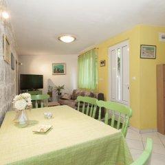 Апартаменты Apartment Franicevic комната для гостей фото 4