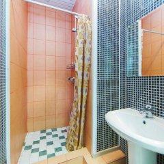 Мини-Отель Компас Кровать в общем номере с двухъярусной кроватью фото 29