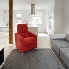 Апартаменты Aránzazu Apartment by FeelFree Rentals комната для гостей фото 5