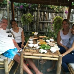 Отель Local Beach Homestay питание
