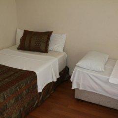 Ozdemir Pansiyon Стандартный семейный номер с двуспальной кроватью (общая ванная комната) фото 3