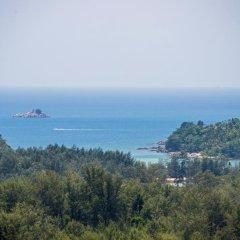 Отель Villas Overlooking Layan пляж