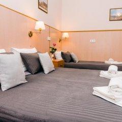 Гостиница Стасов 3* Стандартный семейный номер с двуспальной кроватью (общая ванная комната) фото 8