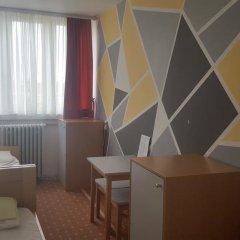 Youth Hostel Zagreb Стандартный номер с 2 отдельными кроватями (общая ванная комната) фото 5