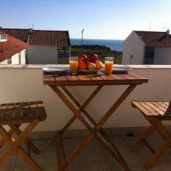 Отель Peniche Surf House Португалия, Пениче - отзывы, цены и фото номеров - забронировать отель Peniche Surf House онлайн балкон
